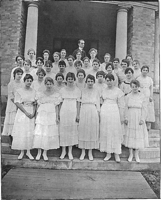 Treble Clef Club 1918a Cropped